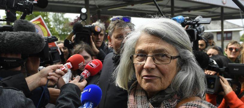 L'élue Catherine Blein ici le 4 mai 2017 lors d'un déplacement de Marine Le Pen en Bretagne.