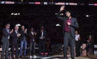 Les Spurs de San Antonio ont rendu hommage à Tim Duncan, le 18 décembre 2016.