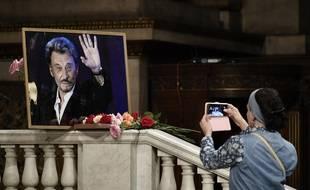 En juin 2018, en marge d'une messe hommage à Johnny Hallyday à l'église de la Madeleine, à Paris.