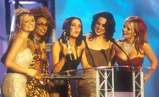 Les Spice Girls aux Brit Awards en 1997.