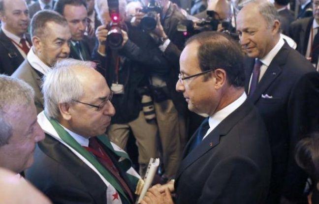 """Le président François Hollande a mis l'accent vendredi, lors de la réunion des Amis de la Syrie, sur le bilan dans ce pays """"terrible et insupportable pour la conscience humaine et la sécurité"""", pour appeler l'Onu à agir """"le plus vite possible"""" afin de soutenir le plan de Kofi Annan."""