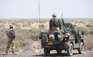 Le conflit au Mali perturbe l'une des grandes voies d'acheminement de la cocaïne qui traverse le Sahel vers l'Europe mais les trafiquants se sont déjà adaptés en modifiant leurs trajets, estiment des experts interrogés par l'AFP.