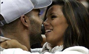 """C'est sans doute le mariage le plus """"glamour"""" de l'année: le basketteur français Tony Parker, élu meilleur joueur de la NBA, et l'actrice américaine Eva Longoria, héroïne de la série """"Desperate housewives"""", ont choisi Paris et la date du 7/7/7 pour convoler samedi."""