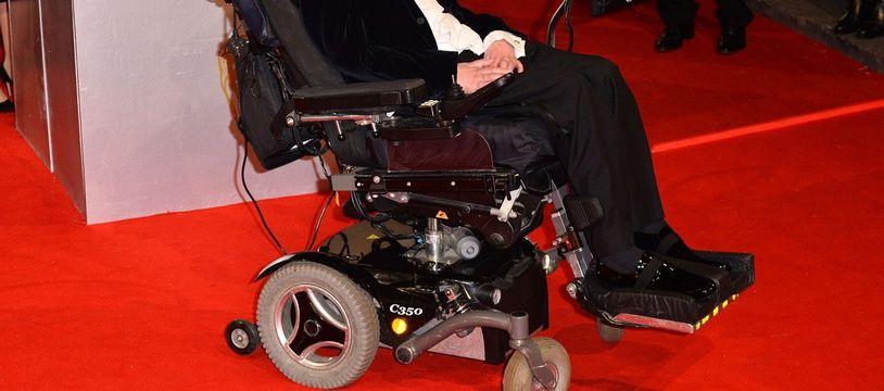 Stephen Hawking lors des BAFTA au Royal Opera House de Londres le 8 février 2015