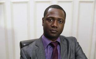 Souleymane Sylla, victime d'un incident raciste causé par des supporteurs de Chelsea mardi dans le métro parisien, pose à Paris le 20 février 2015