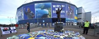 Mandatory Credit: Photo by Ben Evans/Huw Evans/REX/Shutterstock (10071366b) Tributes are left after the disappearance of footballer Emiliano Sala while flying to the UK Tributes to footballer Emiliano Sala after plane goes missing, Cardiff City Stadium, Wales, UK - 23 Jan 2019