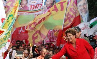 Dilma Rousseff en campagne le 4 octobre 2014 à Porto Alegre
