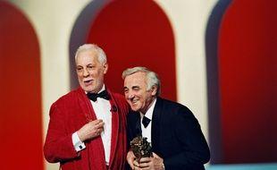 Charles Aznavour (ici au côté de Michel Serrault) a reçu un César d'honneur en février 1997.