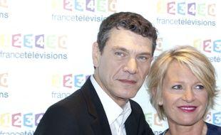 Marc Lavoine et Sophie Davant lors du Téléthon 2015
