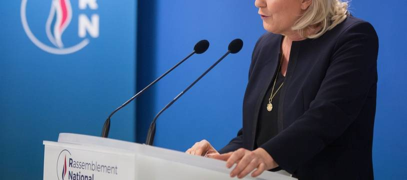 Marine Le Pen, candidate à la présidentielle de 2022, au siège du RN, le soir du premier tour des municipales.