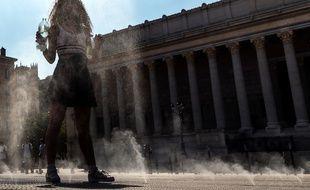 Lyon lance une consultation citoyenne en ligne sur le climat pour trouver des solutions nouvelles contre le réchauffement climatique.