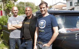 Jeff Plathier, entouré  par Olivier Mauroux et Ludovic Lopez,deux des quatre compères qui ont relancé Kanabeach.