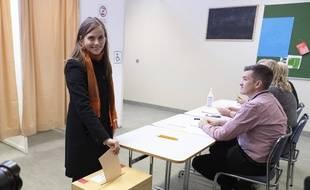 En Islande, la première ministre sortante Katrin Jakobsdottir a voté le 25 septembre 2021.