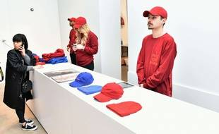 Kanye West a ouvert les portes d'une boutique éphémère dédiée à la vente des produits estampillés The Life Of Pablo, du nom de son dernier album, le 28 mars 2016 à New York.