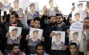 Manifestation pour la libération du pilote jordanien Maaz al-Kassasbeh, le 3 février 2015 à Amman