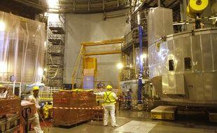 Opération de maintenance décennale dans le réacteur n°1 de la centrale de Gravelines.