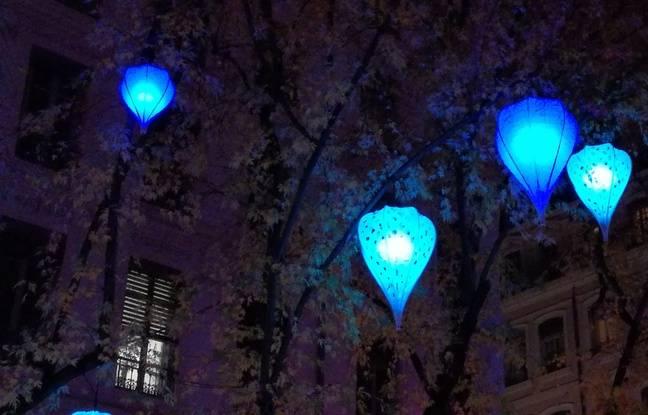 Rue de la République, lors de la Fête des lumières à Lyon.