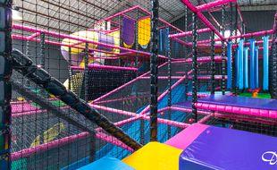 Le parc à jeux de Kids Galaxy, à Saint-Bonnet-de-Mûre, vers Lyon.