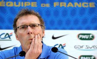 Laurent Blanc, le sélectionneur des Bleus, le 27 février 2012, à Clairefontaine.