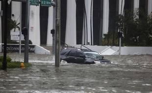 L'avenue Brickell sous les eaux à Miami, le 10 septembre 2017.