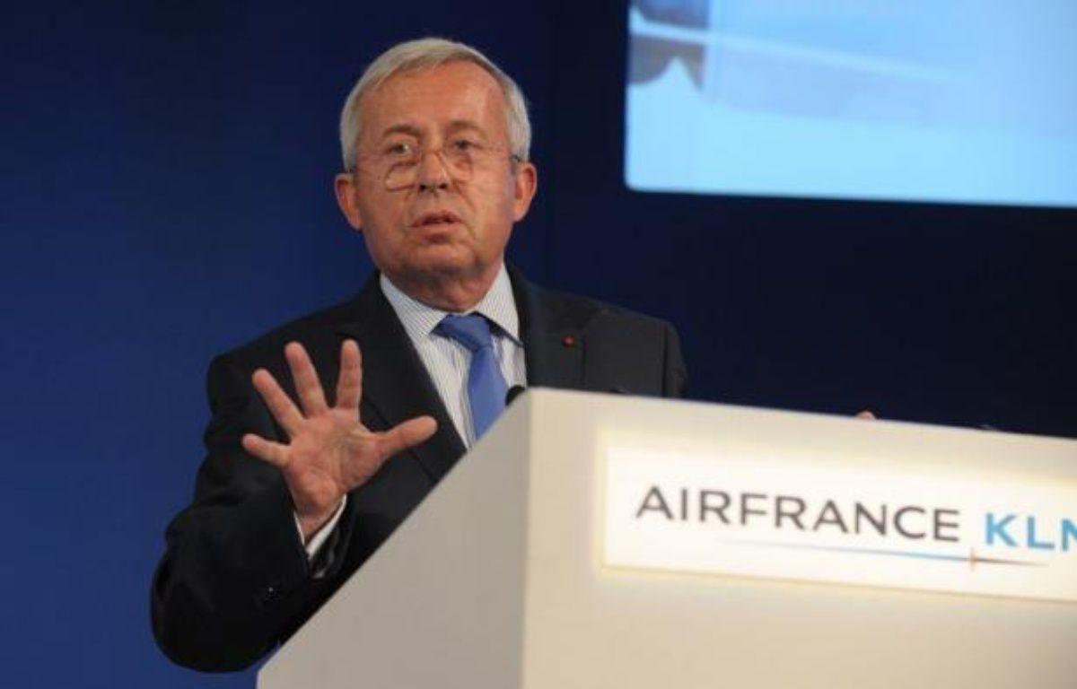 L'Etat, actionnaire minoritaire d'Air France-KLM, s'élève farouchement contre la prime de non-concurrence de 400.000 euros versée à l'ex-directeur général du groupe aérien, mais son veto, qui doit être officialisé jeudi, n'obligera pas l'intéressé à rembourser. – Eric Piermont afp.com