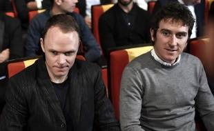 Christropher Froome et Geraint Thomas lors de la présentation du Tour de France 2019 à Paris.