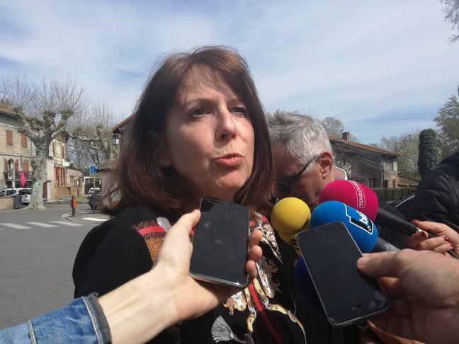 Huguette Héroux, belle-fille d'une résidente hospitalisée, est également directrice générale des services de la mairie de Lherm.