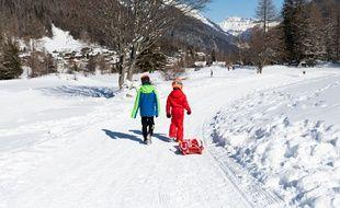Photo d'illustration de pratiquants de luge, le 14 février près de Chamonix (Haute-Savoie).