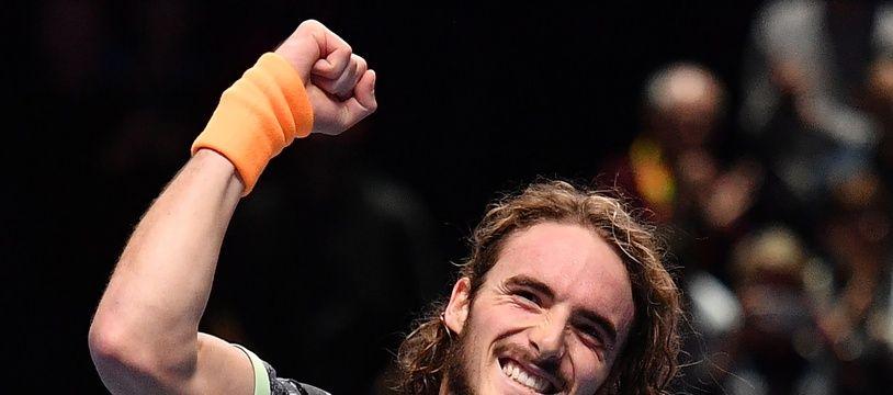 Tsitsipas a battu Federer en demi-finale du Masters de Londres.