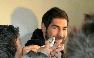 Nikola Karabatic, face aux journalistes, au tribunal, le 29 janvier.
