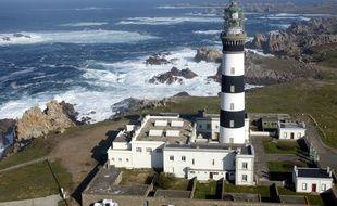 Illustration du phare du Créac'h, situé à l'extrémité ouest de l'île d'Ouessant dans le Finistère.