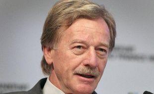 Yves Mersch, membre du directoire de la Banque centrale européenne (BCE), le 17 novembre 2014 à Francfort, en Allemagne