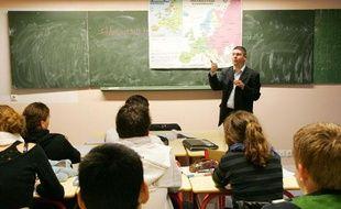 Un cours de géographie dans une classe de terminale S du lycée Jeanne D'arc à Bayeux