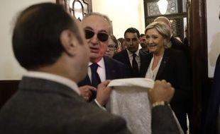 Marine Le Pen a refusé de porter le voile pour rencontrer le mufti de Beyrouth.