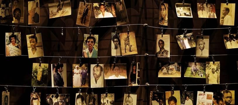 Des photos de victimes du génocide au Rwanda au Mémorial du génocide de Kigali.