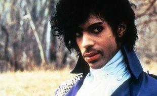 Le chanteur Prince dans le film Purple Rain