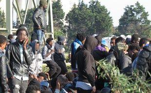 Migrants en attente d'évacuation à Calais, le 25 octobre 2016