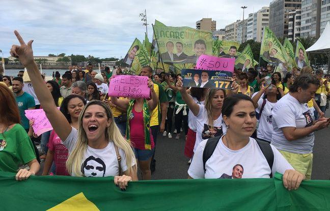 Les Brésiliennes manifestent en faveur du candidat Jair Bolsonaro.