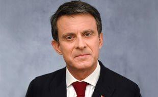 L'ancien Premier ministre français Manuel Valls a mis fin à son exil politique en Espagne et revient en France.
