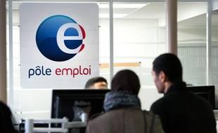 Dans une agence Pôle Emploi à Montreuil, Seine-saint-Denis.