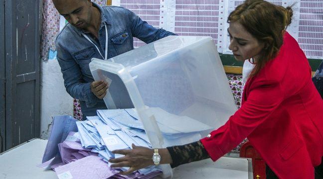 Législatives en Tunisie  deux partis rivaux revendiquent chacun la victoire