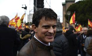 Manuel Valls participe à la manifestation convoquée à Madrid par le PP et les libéraux de Ciudadanos, auxquels s'est joint le parti d'extrême droite Vox, le 10 février 2019.