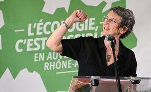La candidate écologiste Fabienne Grébert, ici lors d'une conférence de presse d'EELV le mois dernier à Lyon. PHILIPPE DESMAZES