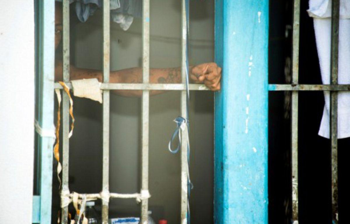 Jean-Jacques Urvoas, le ministre de la Justice, doit présenter un plan sur l'encellulement individuel en prison. – HELENE VALENZUELA / AFP