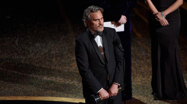 Joaquin Phoenix n'était pas super à l'aise en recevant son Oscar pour « Joker » en 2020