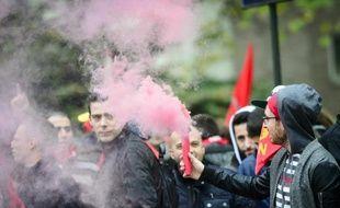 Des manifestants défilent contre les mesures d'austérité à Bruxelles, le 6 novembre 2014