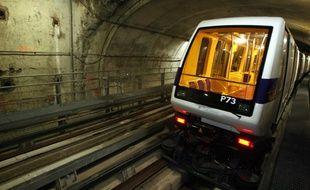 Dans le tunnel du métro de Toulouse.