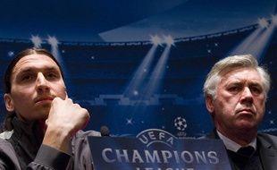 L'attaquant du PSG, Zlatan Ibrahimovic et son entraîneur Carlo Ancelotti, à la veille du match de Ligue des champions contre le Barça, à Paris, le 1er avril 2013.