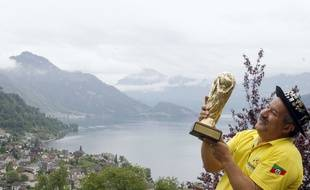 Clovis Fernandes, supporter brésilien connu dans le monde entier, lors de la Coupe du monde 2006 en Suisse.
