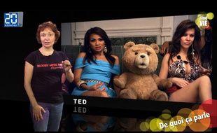 Notre critique cinéma Caroline Vié décrypte le film «Ted» de Seth MacFarlane dans son émission hebdomadaire «Ciné Vié».
